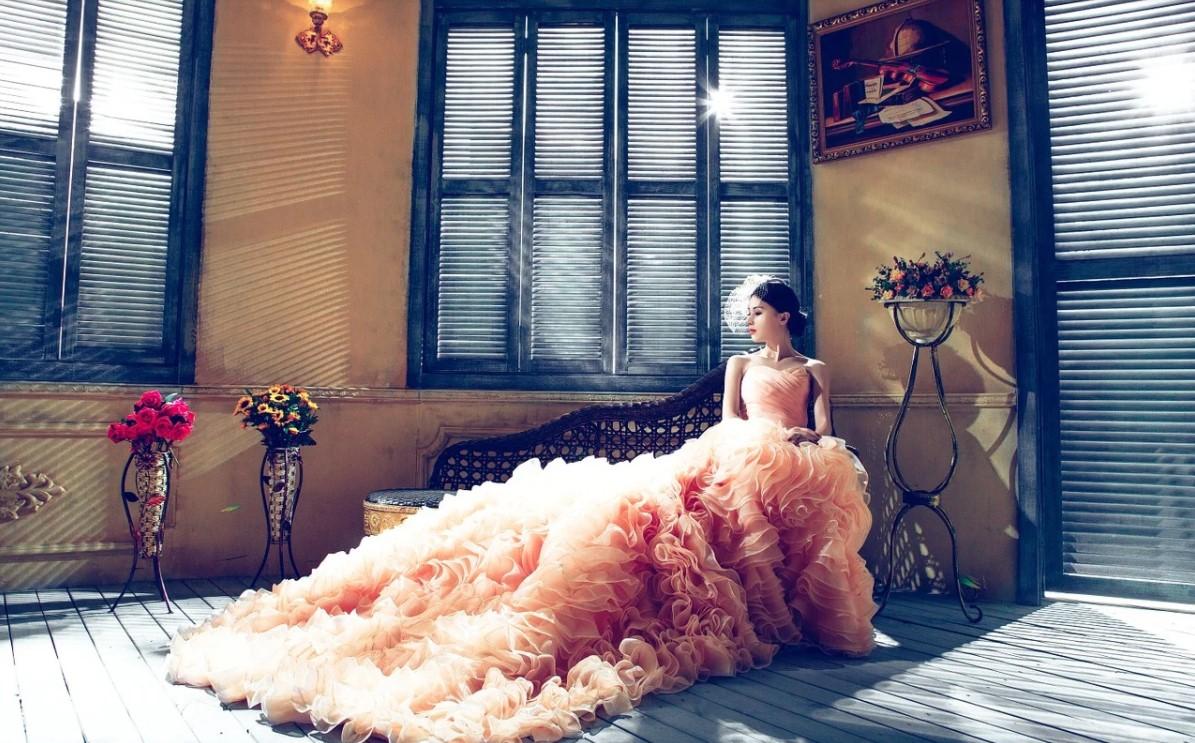 Gekleurde trouwjurk